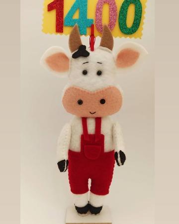 استند عروسک گاو نماد سال 1400